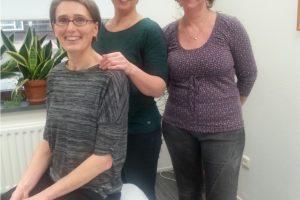 Drie oedeemtherapeuten van Rivas Zorggroep v.l.n.r. Sylvia Casilio, Diana van Breugel en Monique Timmers. (Foto Rivas Zorggroep)